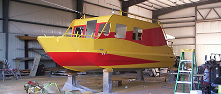 Paint Shops Expand Spraying Polyurethane on Boats